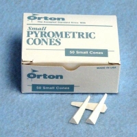 Cone 015 Mini Box (50) ~816oC - Click for more info